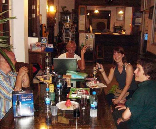 HI-Sukhumvit: the GREAT sitting place - Lobby