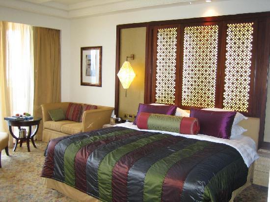 Shangri La Barr Al Jissah Resort & Spa-Al Husn : The room - Al Husn