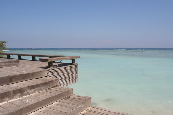 Gili Trawangan, Indonezja: Timber deck to enjoy the sunset
