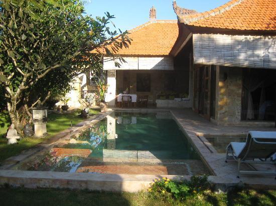 Villa Dermawan: The villa
