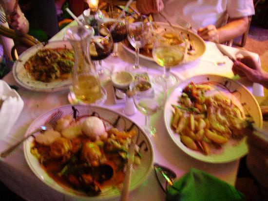 Inturotel Esmeralda Park: Food at the Marina