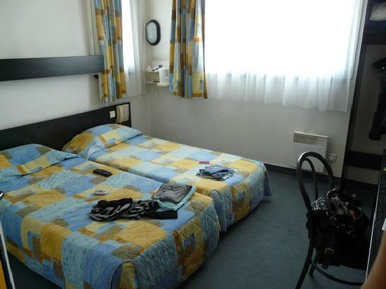 chambre lits jumeaux photo de kyriad hotel paris bercy village paris tripadvisor. Black Bedroom Furniture Sets. Home Design Ideas