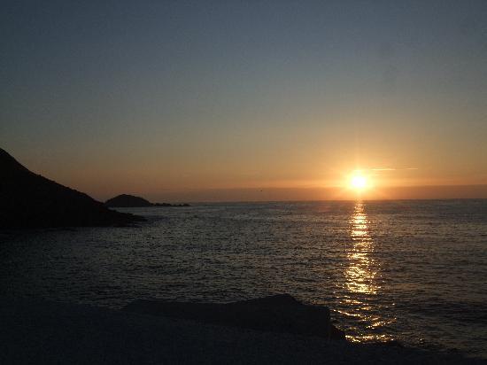 Navia, Spanien: Ocaso en Puerto de Vega