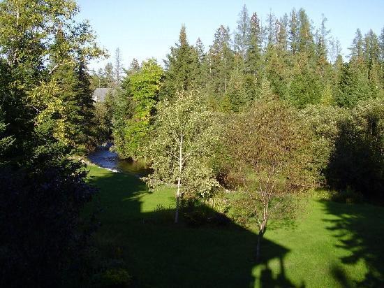 Au Ruisseau Enchante: Vue du balcon