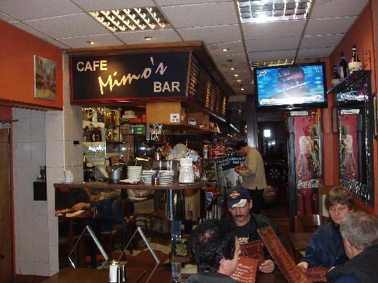 Mimos Cafe Bar: Mimo's interior