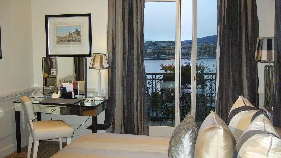 Hotel d'Angleterre: Chambre avec vue sur le lac