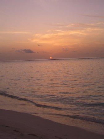 Velassaru Island: Spectaculat sunset