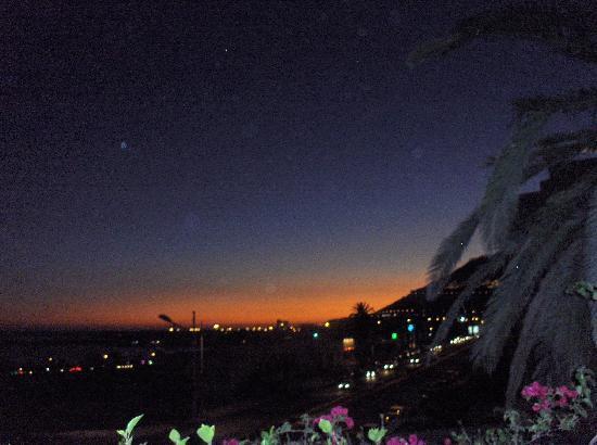 Marhaba : Couché de soleil, vue prise du restaurant