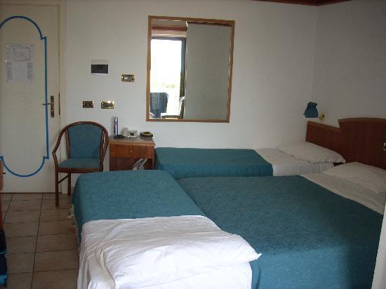 Sunshine Club Hotel Centro Benessere: Stanza