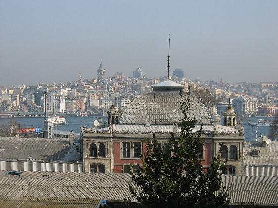 Hurriyet Hotel: Aussicht aus dem 4. OG