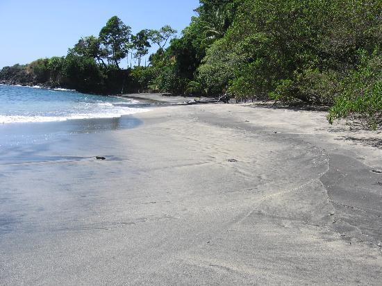 Isla Paridita : The Beaches change color daily! (Beautiful)