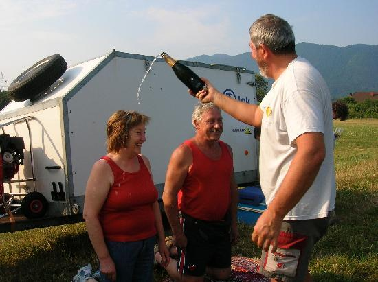 Penzion Mayer: balloon ride christening