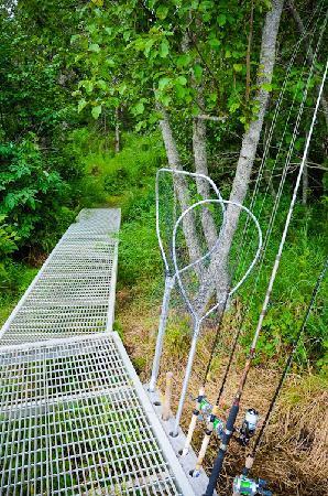 Alaska Kenai River Raven: Kenai River Access at Kenai River Raven Lodge