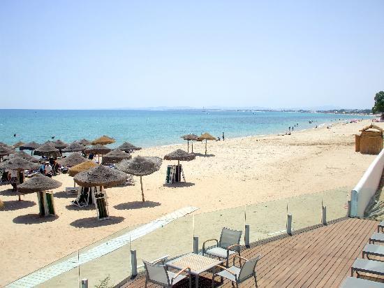 The Sindbad: Sindbad hotel beach