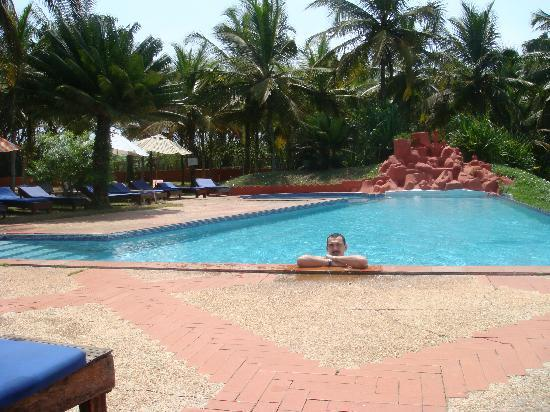 Assinie, Pantai Gading: swimming pool