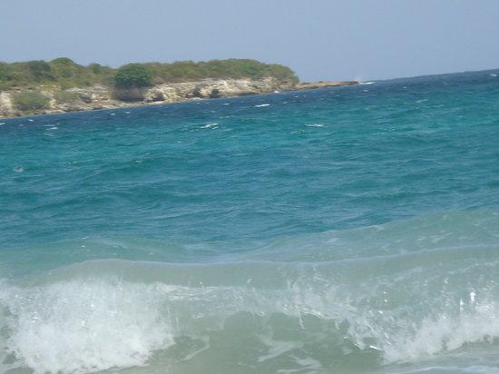 جزيرة فييكس, Puerto Rico: Blue Beach