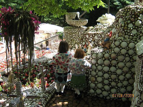 The shell garden jersey st aubin st brelade top tips for Garden design jersey channel islands
