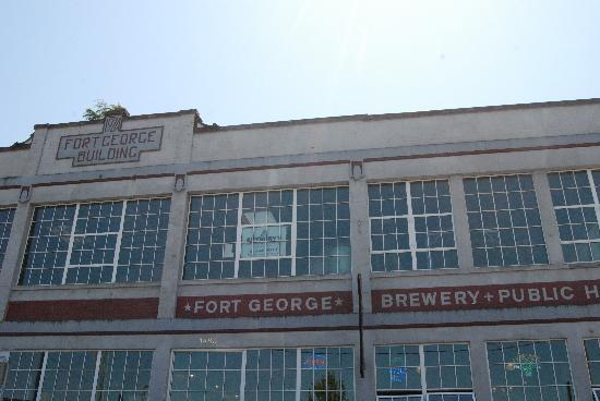 Fort George Brewery and Public House: exterior