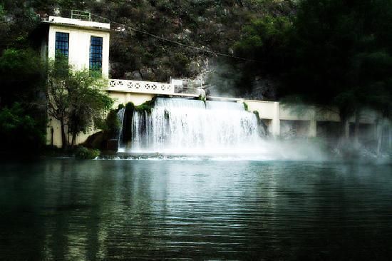 Nuevo Leon, Meksiko: La Turbina De Sabinas Hidalgo