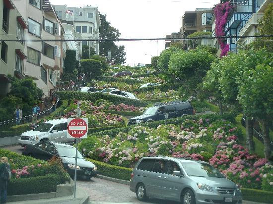 Fairmont Heritage Place, Ghirardelli Square: Lombard Street