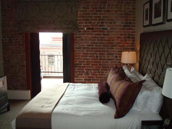 Fairmont Heritage Place, Ghirardelli Square: Master Bedroom Rm #214
