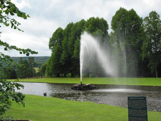 Rockingham Lodge: Chatsworth Garden