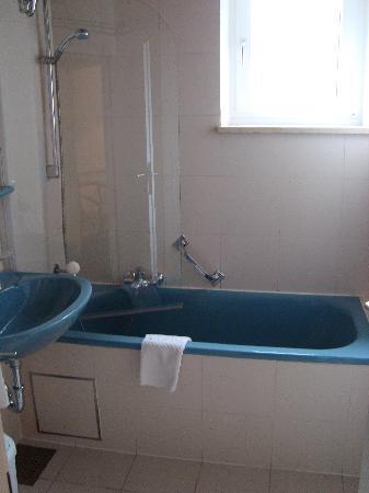Hotel Leopold : Nice bathroom