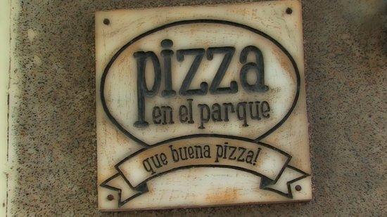 PIZZA EN EL PARQUE