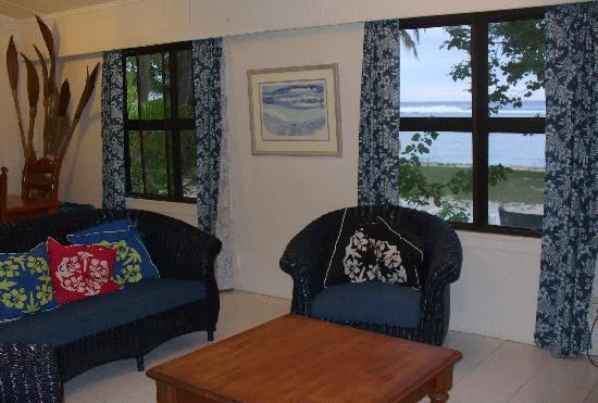 Arorangi Beach Front Bungalow & Studio Unit: Bungalow living room - A room with a view!