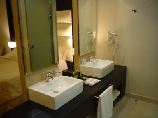 Sensimar Palazzo del Mare: bathroom