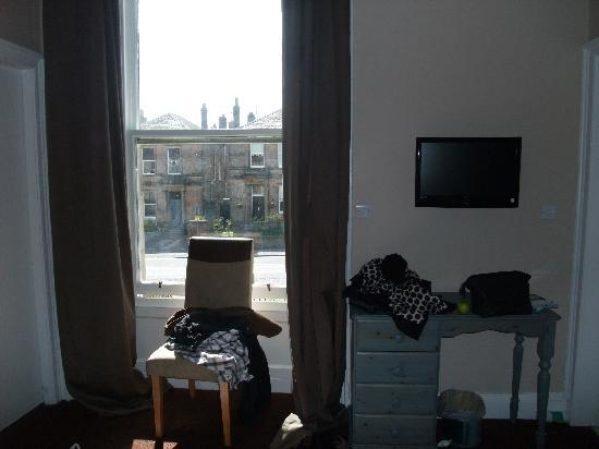 The Thrums Edinburgh: Double room, quite comfortable