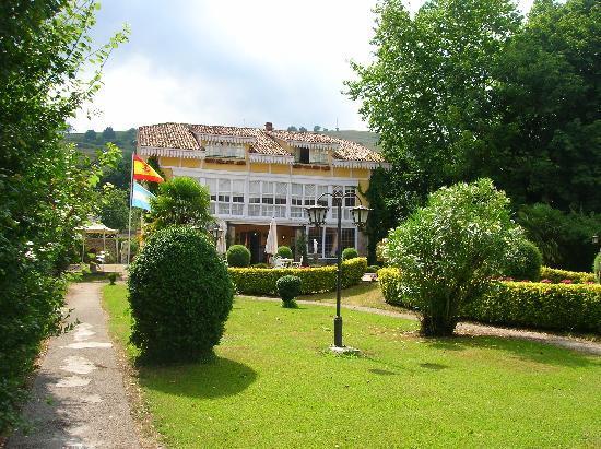 La Real Labranza Villasevil: Entrada principal