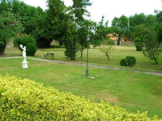 La Real Labranza Villasevil: Jardin