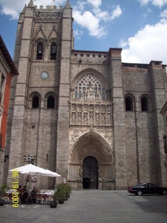 ‪Cathedral of Avila‬
