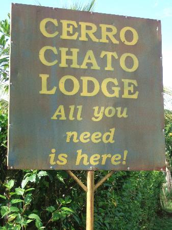 Cerro Chato Eco Lodge: The greeting on entering the lodge.