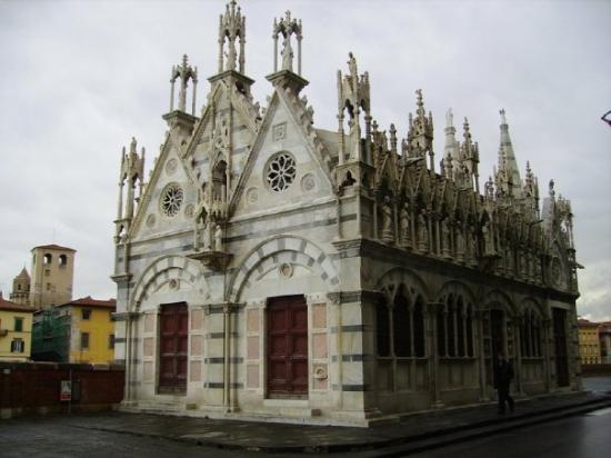 Chiesa di Santa Maria della Spina Photo