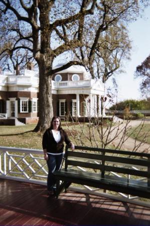 Pasadena, Teksas: Monticello, VA