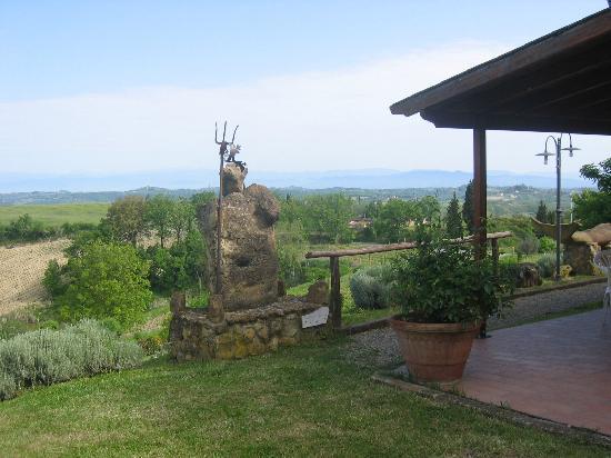 Agriturismo Poggio Pistolese: Poggio Pistolese - View from guest rooms area