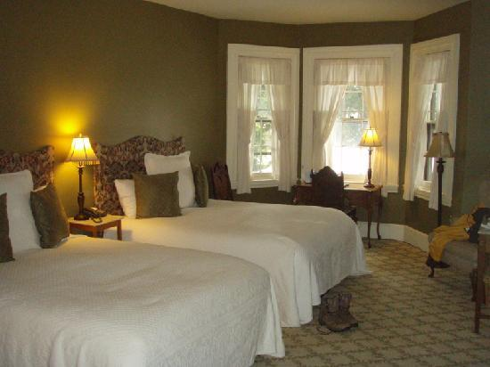 Bethlehem, PA: Room 26. Very large room.