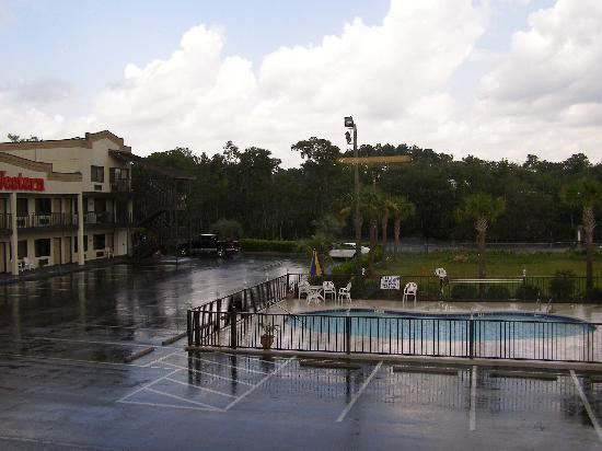 Super 8 Conway/ Myrtle Beach Area: view from our room