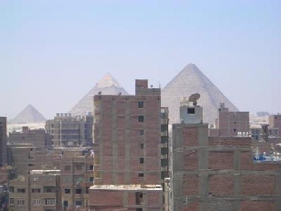 Siag Pyramids Hotel : ホテルのバルコニーからの風景