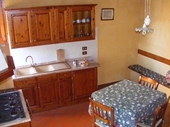 Borgo La Capraia: nido living-kitchen