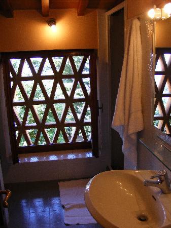 Borgo La Capraia: nido bathroom