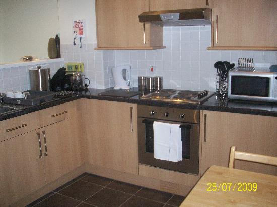 Atlantic Reach: Kitchen area of Nottage Cottage (private rent)