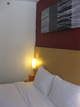 ไอบิส กรุงเทพฯ สุขุมวิท 4: the bed