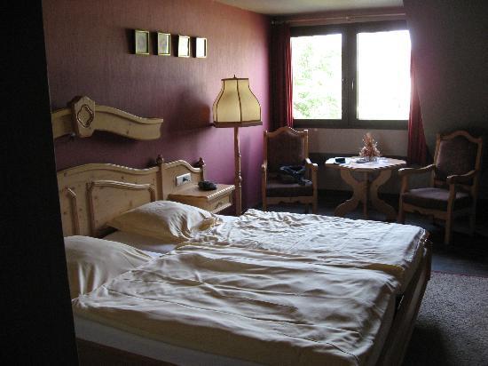 Hotel Butgenbacher-Hof: Our room
