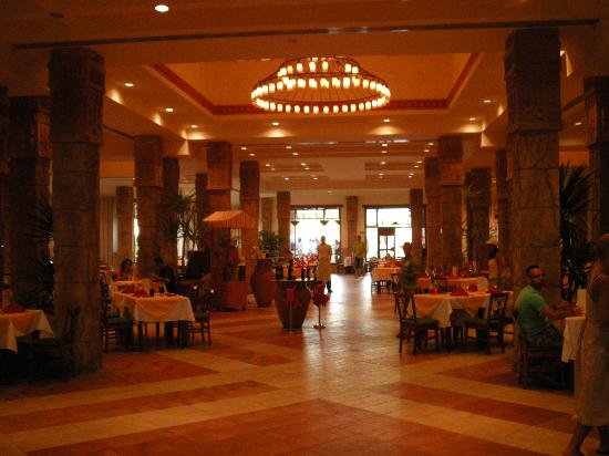 Charmillion Sea Life Resort: Hotelrestaurant