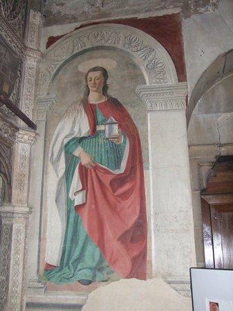 Duomo San Donato : ピエロ・デッラ・フランチェスコのフレスコ画
