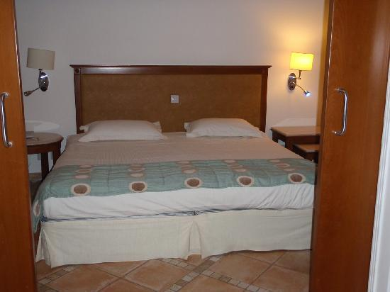 Atlantica Aeneas Hotel : Our king size bed