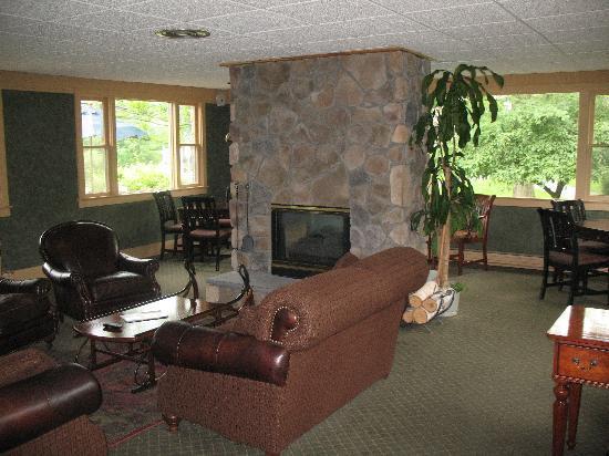 Winwood Inn & Condos: lobby
